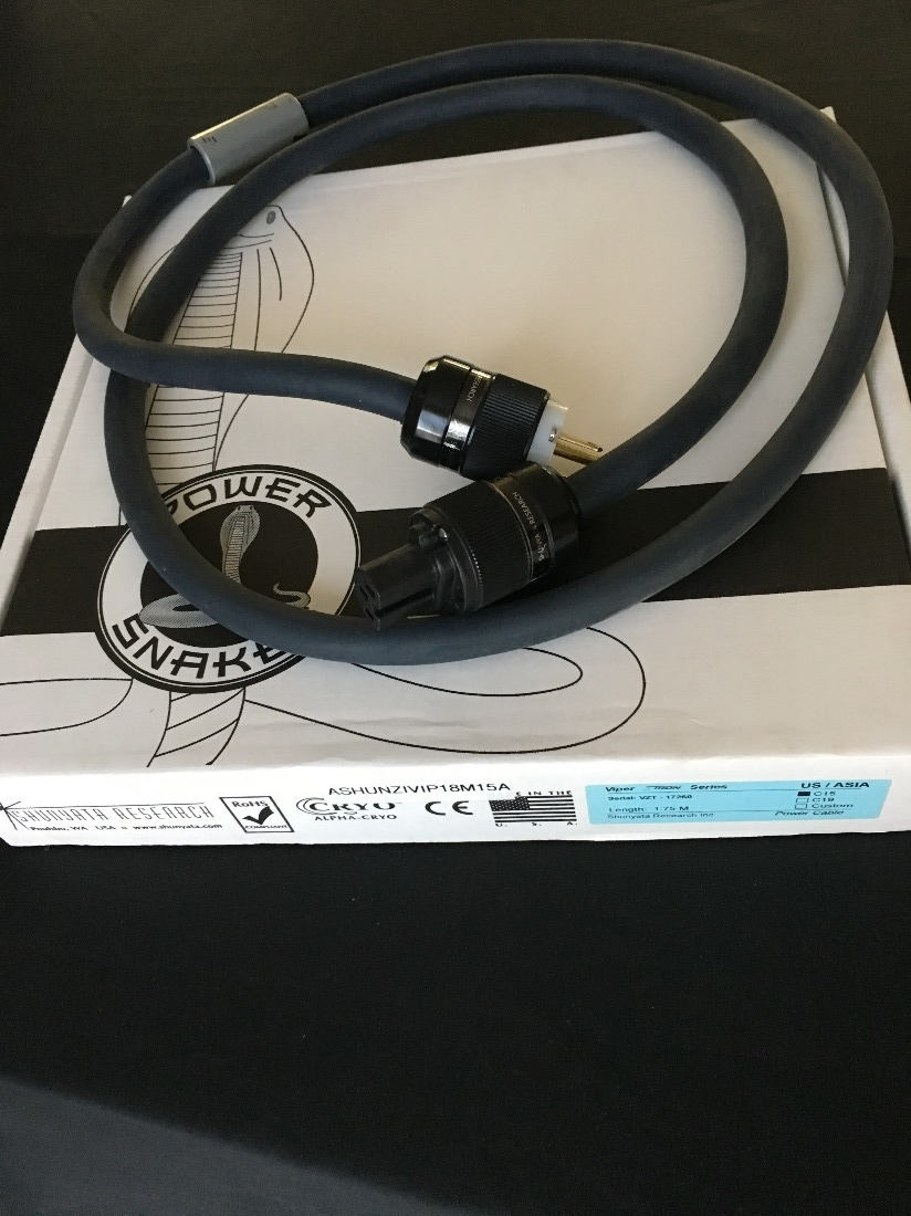 1.75M Shunyata Venom HC Power Cable 6ft IEC ends 15amp capable nine available