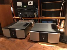 Mark Levinson No 436 solid state monoblock amplifier pair