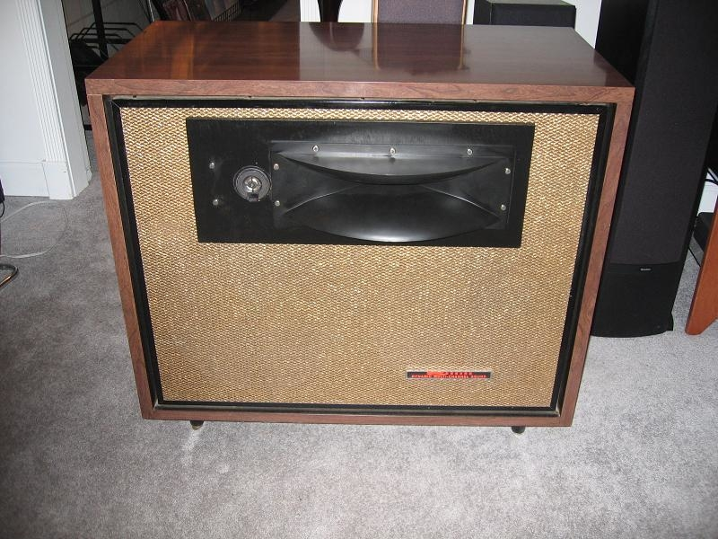 Custom Modded Seeburg DDS1 speakers (JBL woofers, Selenium horn, MB Quart supertweeter, custom designed crossovers)