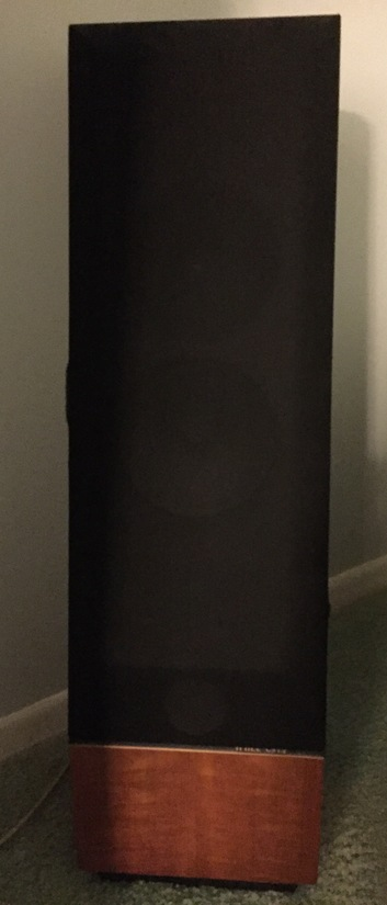 2 Thiel CS1.2 speakers