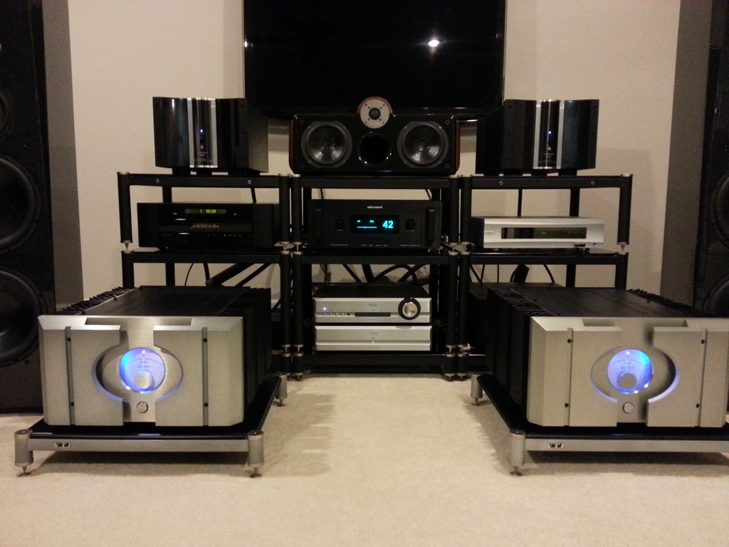 Pass labs xa160.5 ,Krell mcx450 ,ARC Ref 3 ,Pass labs xp20 combination (very comparative amps )