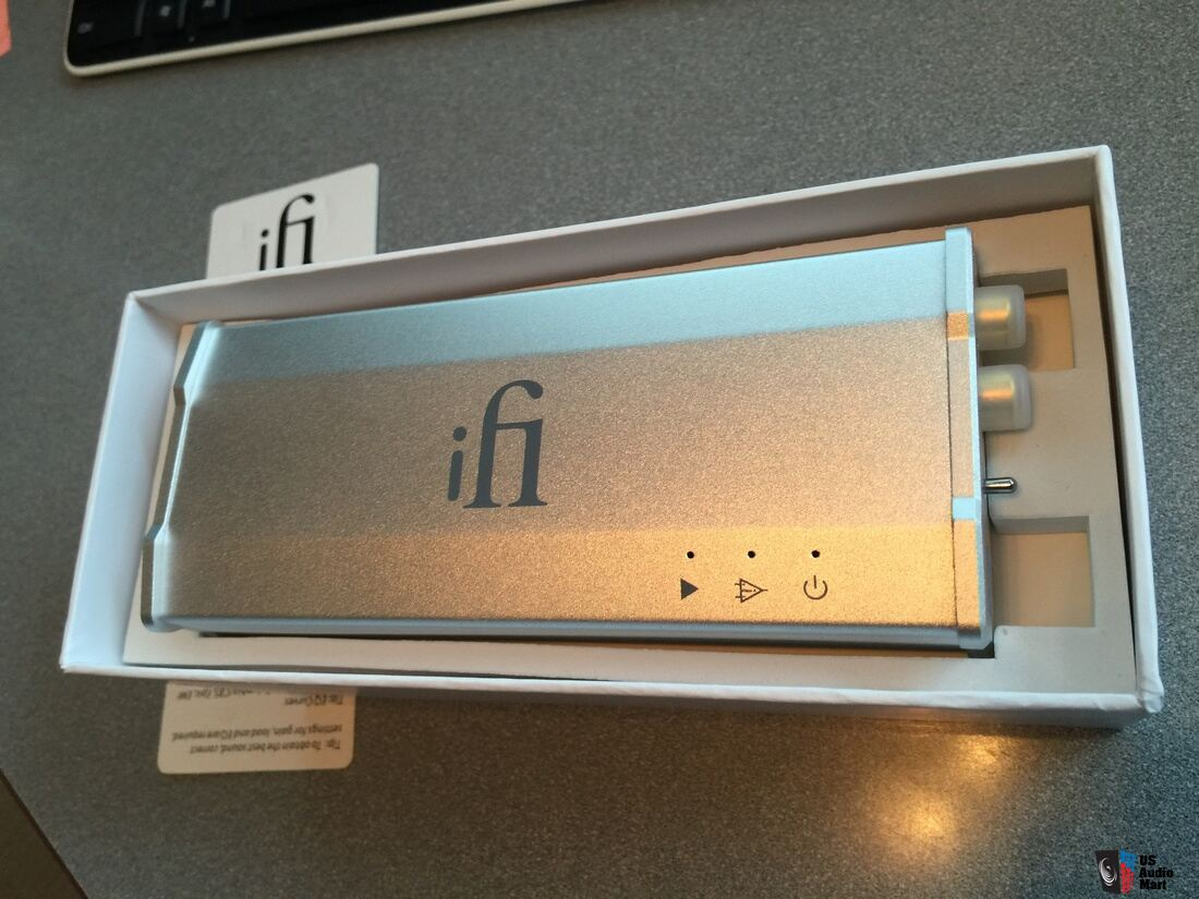 iFi Audio iPhono MM/MC Preamp Demo W/warranty