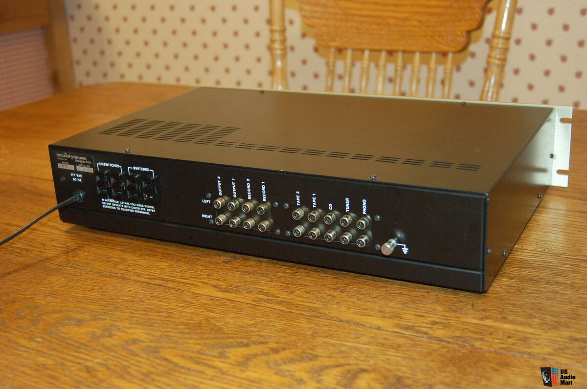 conrad johnson pv 8 stereo tube preamp with phono includes owners rh usaudiomart com Conrad Johnson Amplifier Conrad Johnson Phono Preamp