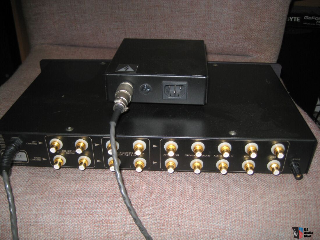 970706 additionally 1159254 in addition 737157 further 845249 in addition 463775. on threshold t3 audio preamplifier