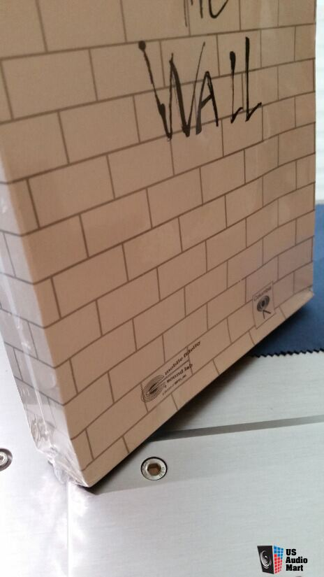 PINK FLOYD THE WALL- MFSL 24 karat gold Ultradisc sealed! 1st edition in longbox