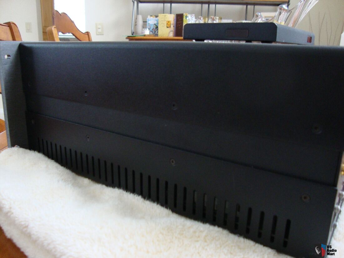 Krell A/V STANDARD in mint condition tested@ audio classics
