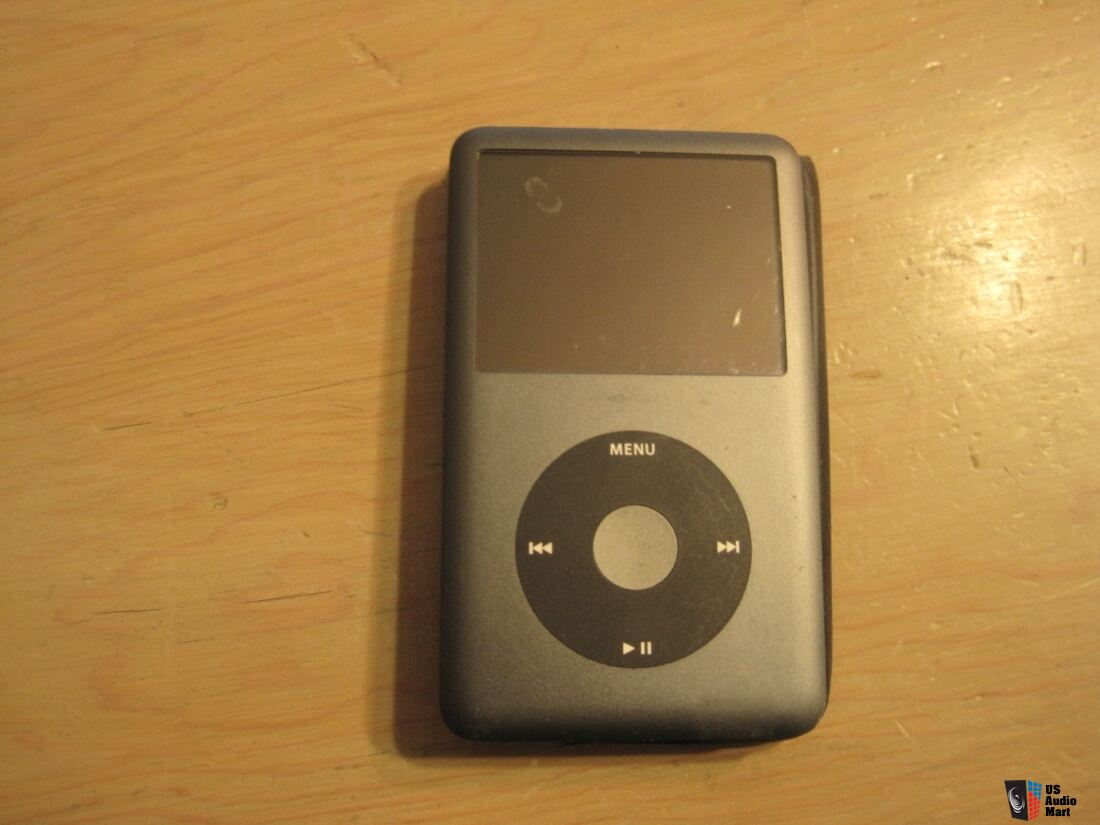 ipod classic 6th generation 80 gb photo 1327064 canuck. Black Bedroom Furniture Sets. Home Design Ideas