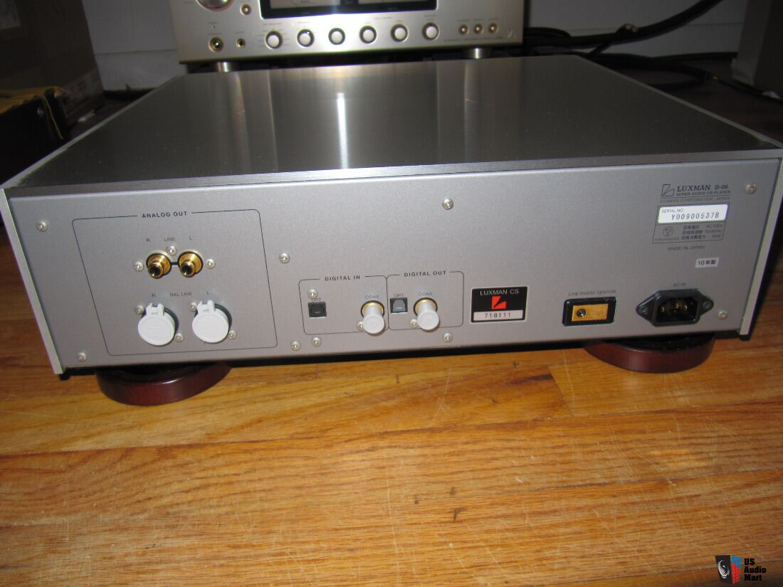 Luxman D 06 Sacd Cd Player Made In 2010 Amp In Mint