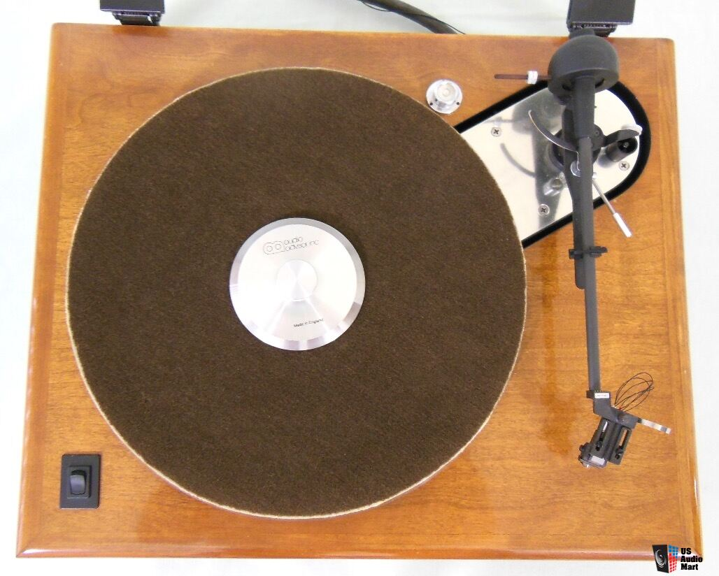 Acoustic Research *AR ES1 belt-drive turntable