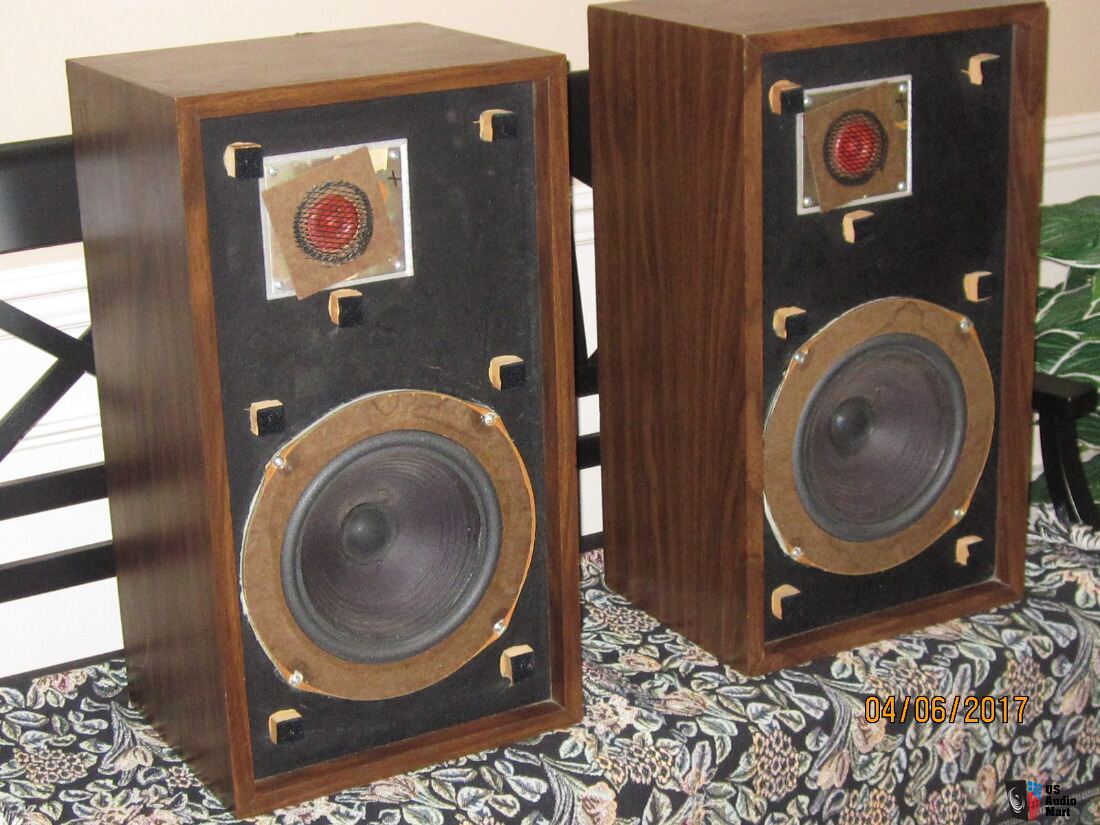 Large Advent Utility Photo #1508191 - Canuck Audio Mart