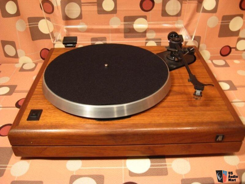 Acoustic Research The Turntable One of the Great Bargains In Analog