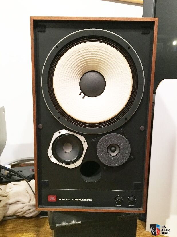 JBL 4311A speakers in excellent condition