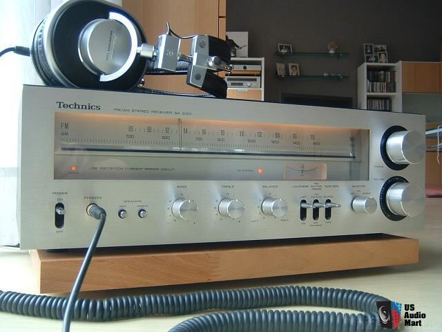 Technics SA-200 Stereo Receiver