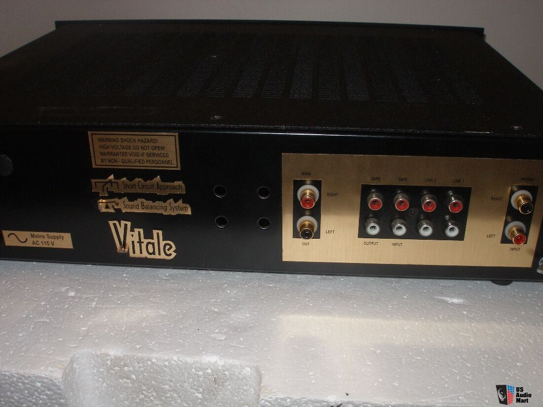 Croft Vitale tube pre-amp with phono