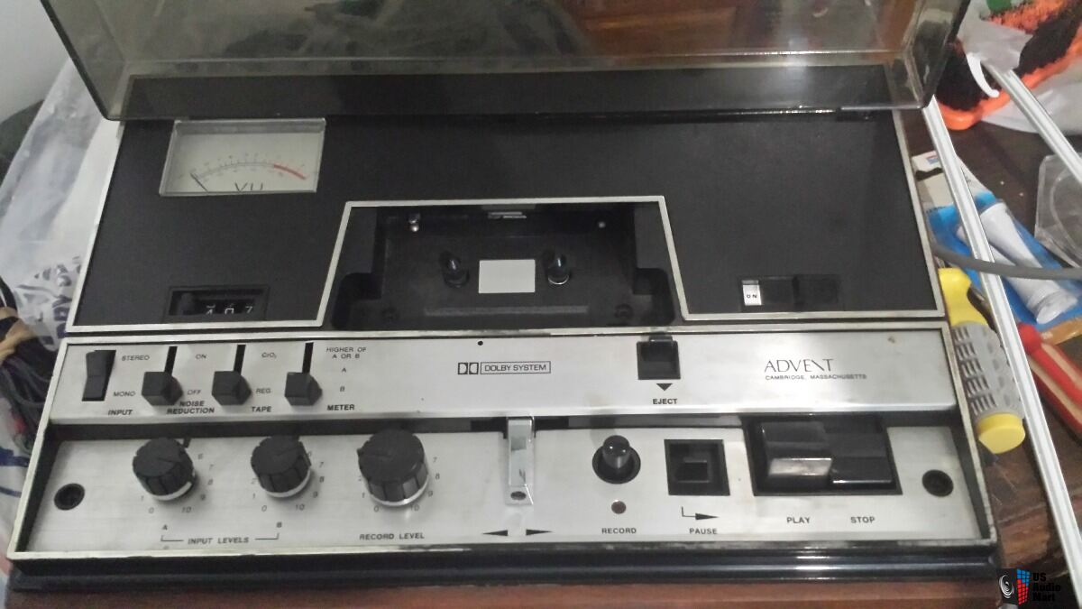 Advent Model 201 cassette Deck console Hi Fi