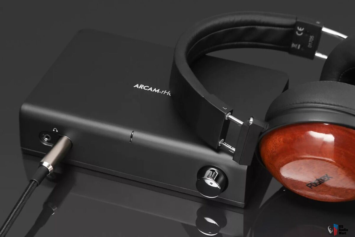 Arcam rHead headphone amplifier - exceptional condition!