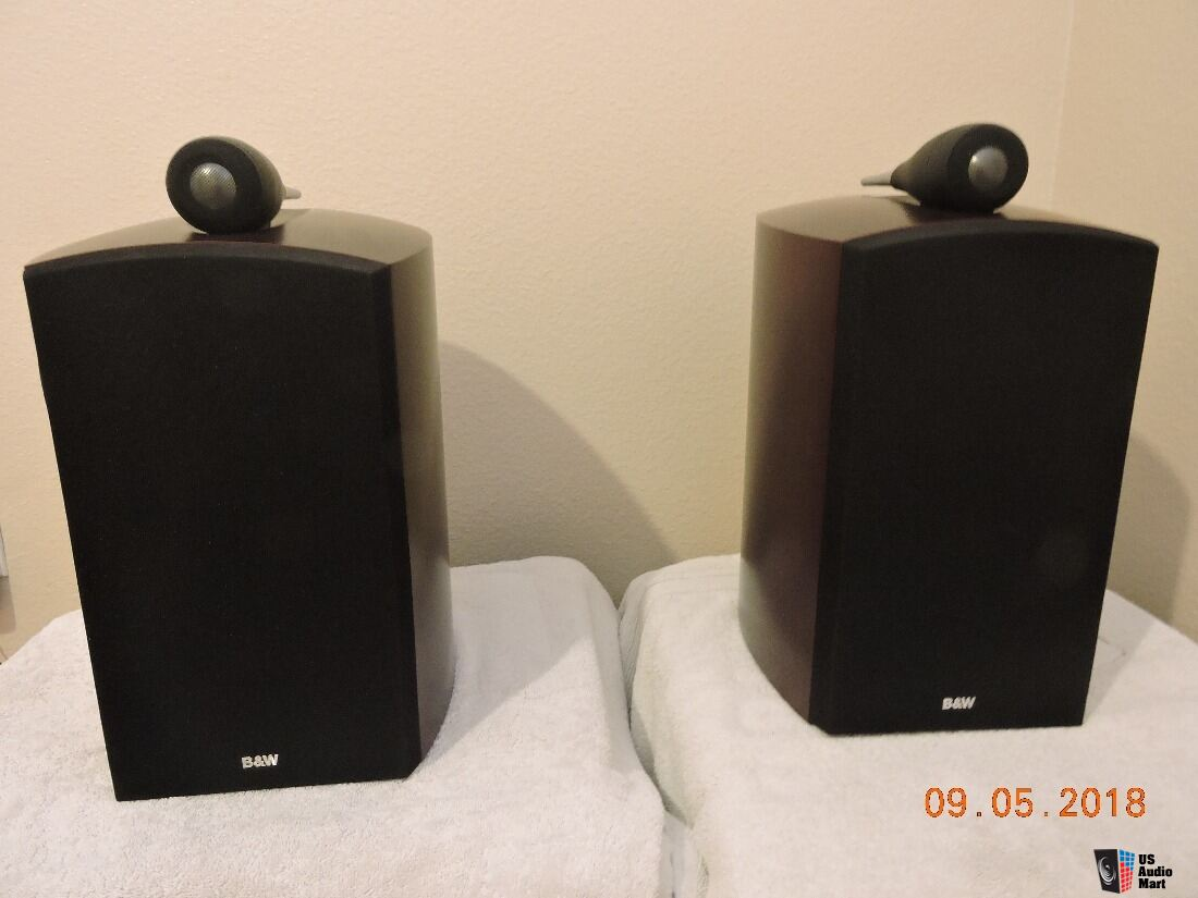B&W Bowers & Wilkins 805 Nautilus speakers in red cherry. Classic beauty!