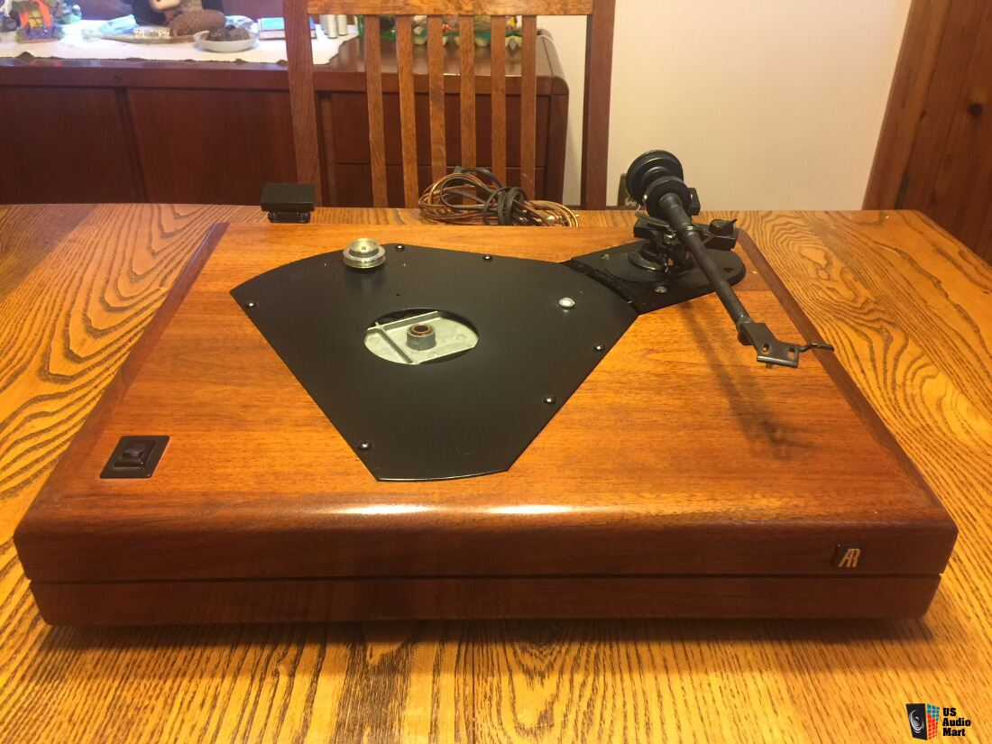 SOLD TO ALESSANDRO***Acoustic Research The AR Turntable from 1980s