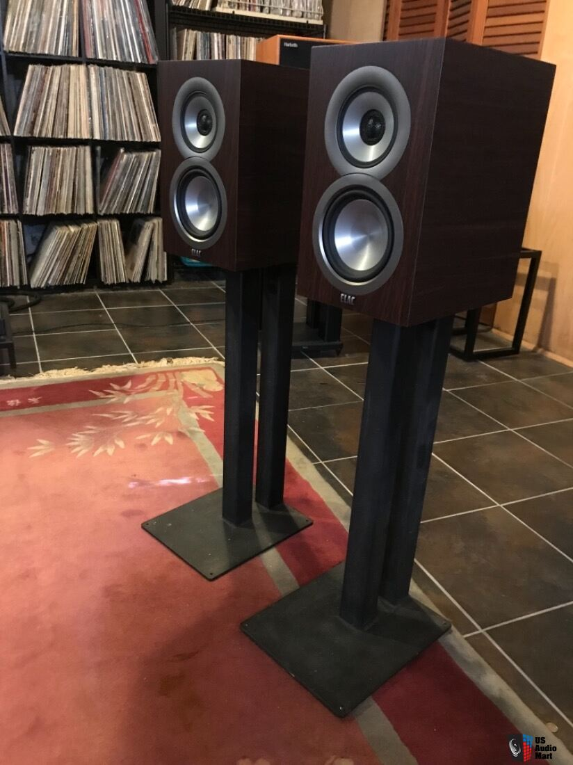 Elac Unifi Ub5 Bookshelf Speakers With Target Stands