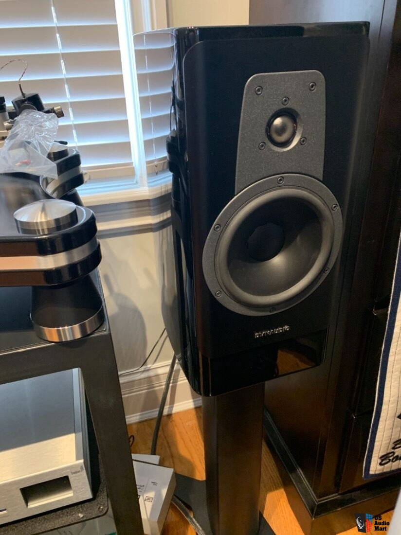 Dynaudio Contour 20 Speakers with Stand 20 - Pair - MINT