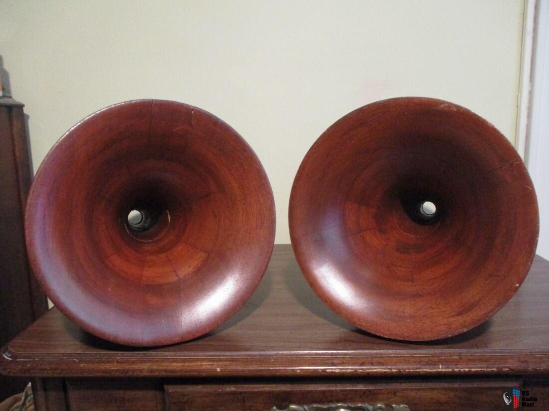 Brooks Sierra Mahogany Tractrix Horns wood 700hz 1 Photo