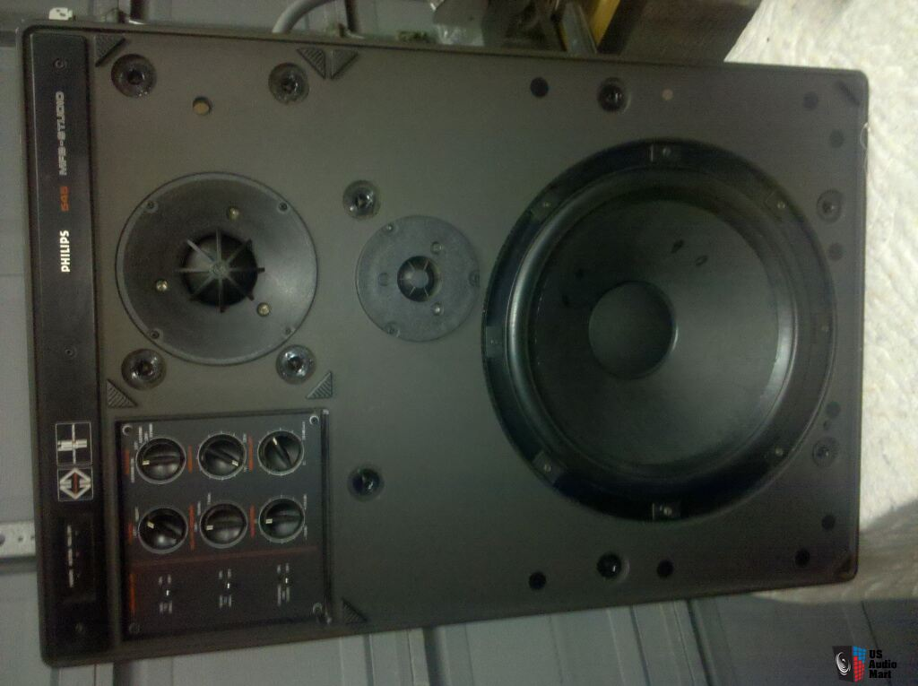 Philips MFB 545 Studio Monitor Speakers