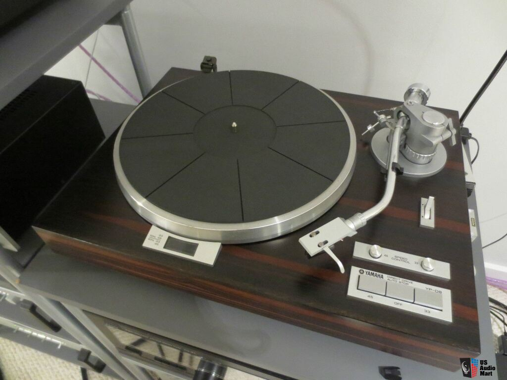 GUERRA CIVIL JAPONESA DEL AUDIO (70,s 80,s) 714054-yamaha_yp_d8_turntable_w_denon_dl110