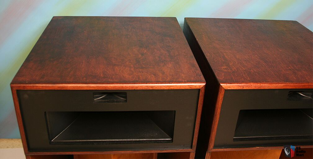 klipsch la scala speakers in beautiful condition photo 938535 canuck audio mart. Black Bedroom Furniture Sets. Home Design Ideas