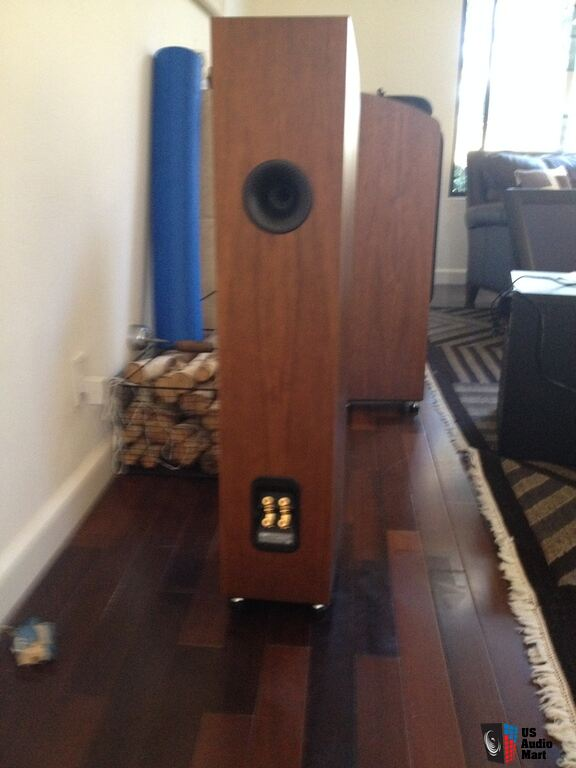bowers and wilkins 704 s2. bowers and wilkins 704 floor standing speakers (2) s2 u